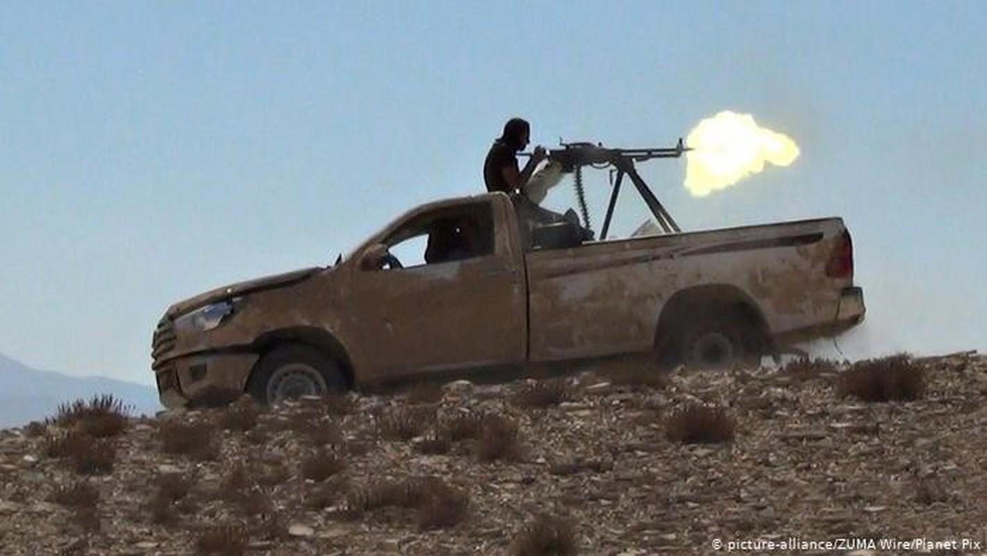 Quan doi Syria thang lon truoc khung bo o dong bang al-Ghaab-Hinh-7