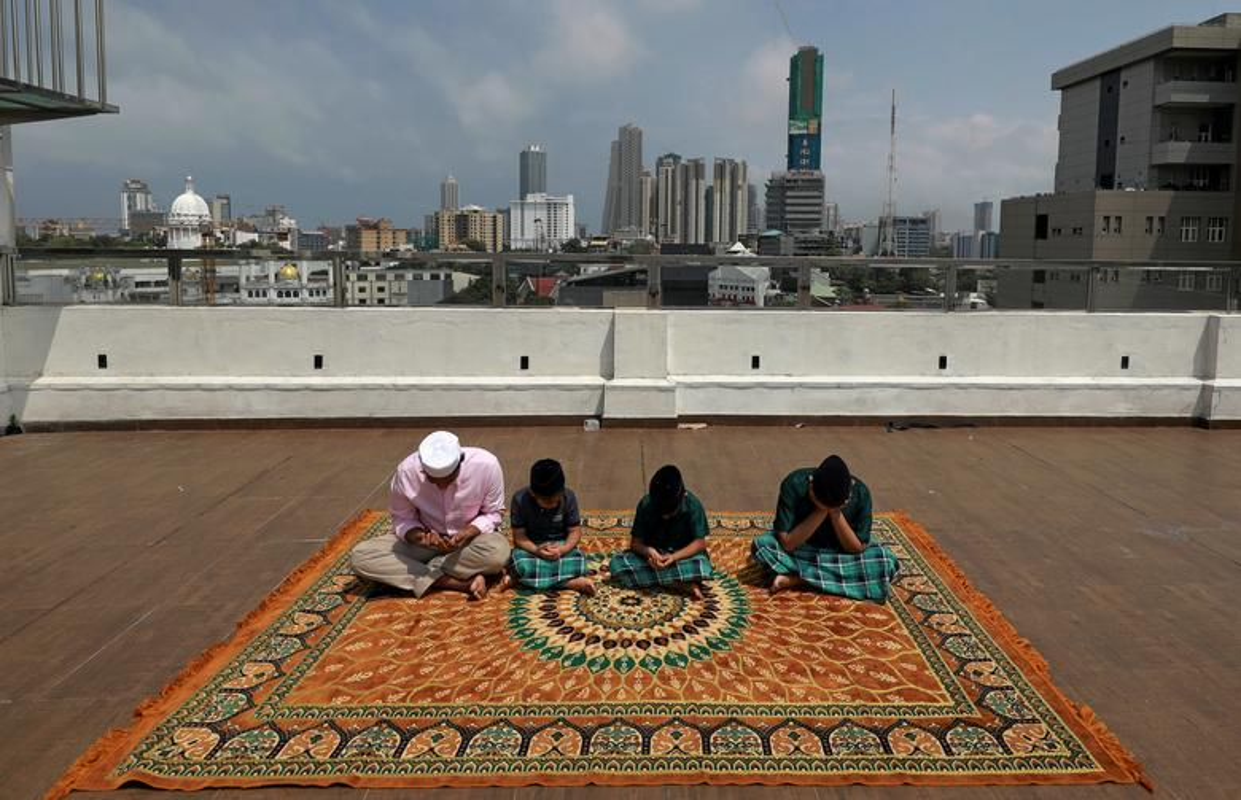 Toan canh nguoi Hoi giao khap the gioi ket thuc thang an chay Ramadan-Hinh-2