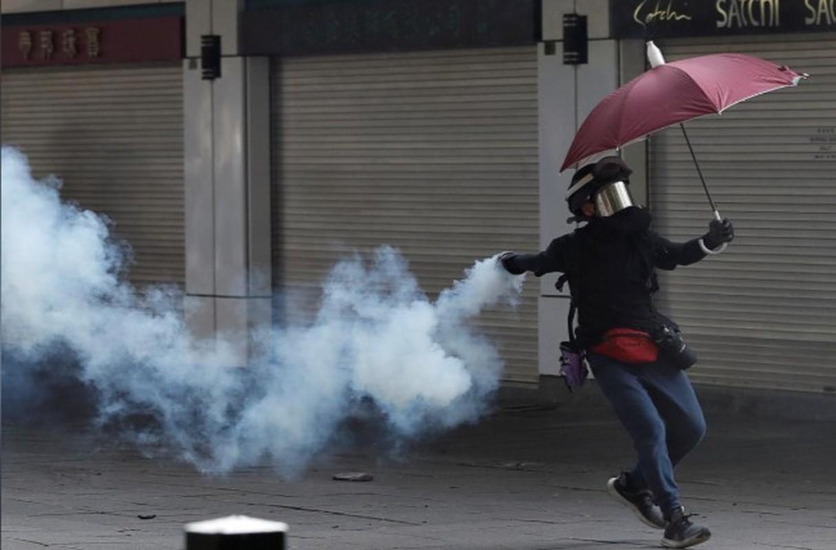 Can canh Hong Kong sau mot nam bieu tinh chong du luat dan do-Hinh-10