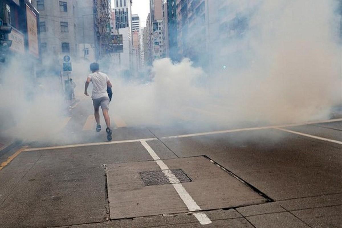 Can canh Hong Kong sau mot nam bieu tinh chong du luat dan do-Hinh-13