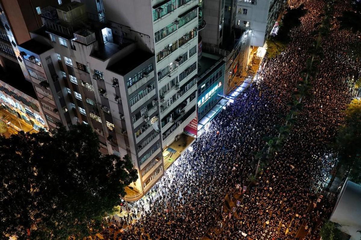Can canh Hong Kong sau mot nam bieu tinh chong du luat dan do-Hinh-9
