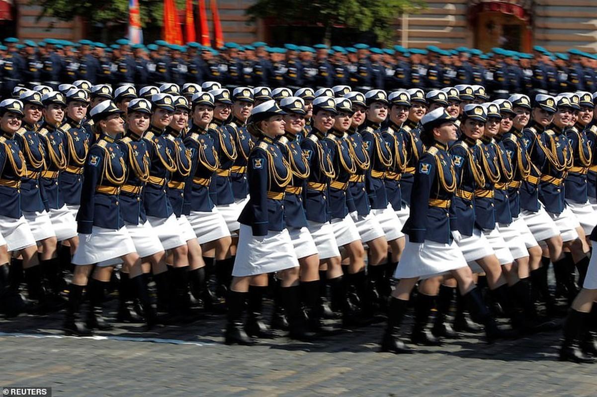 Ve dep nu quan nhan Nga trong le duyet binh mung Ngay Chien thang-Hinh-4