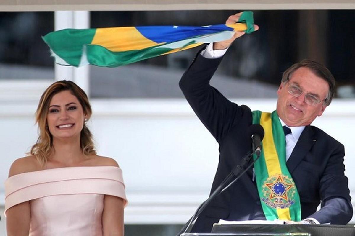 Dieu it biet ve De nhat phu nhan Brazil mac COVID-19