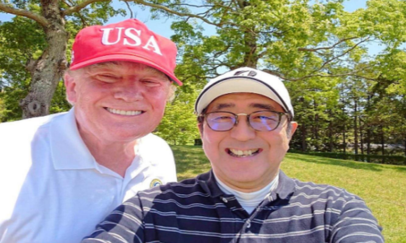 "Thu tuong Abe va nhung lan ""ngoai giao san golf"" voi Tong thong Trump-Hinh-5"