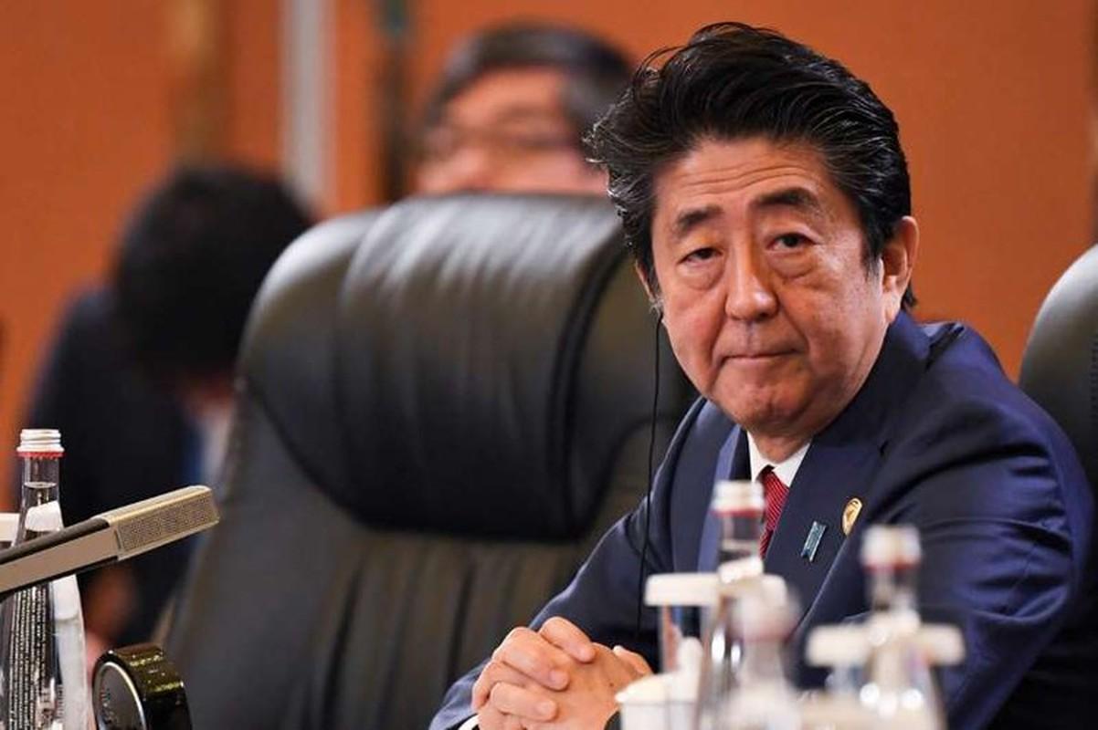 """Thu tuong Abe va nhung lan """"ngoai giao san golf"""" voi Tong thong Trump"""