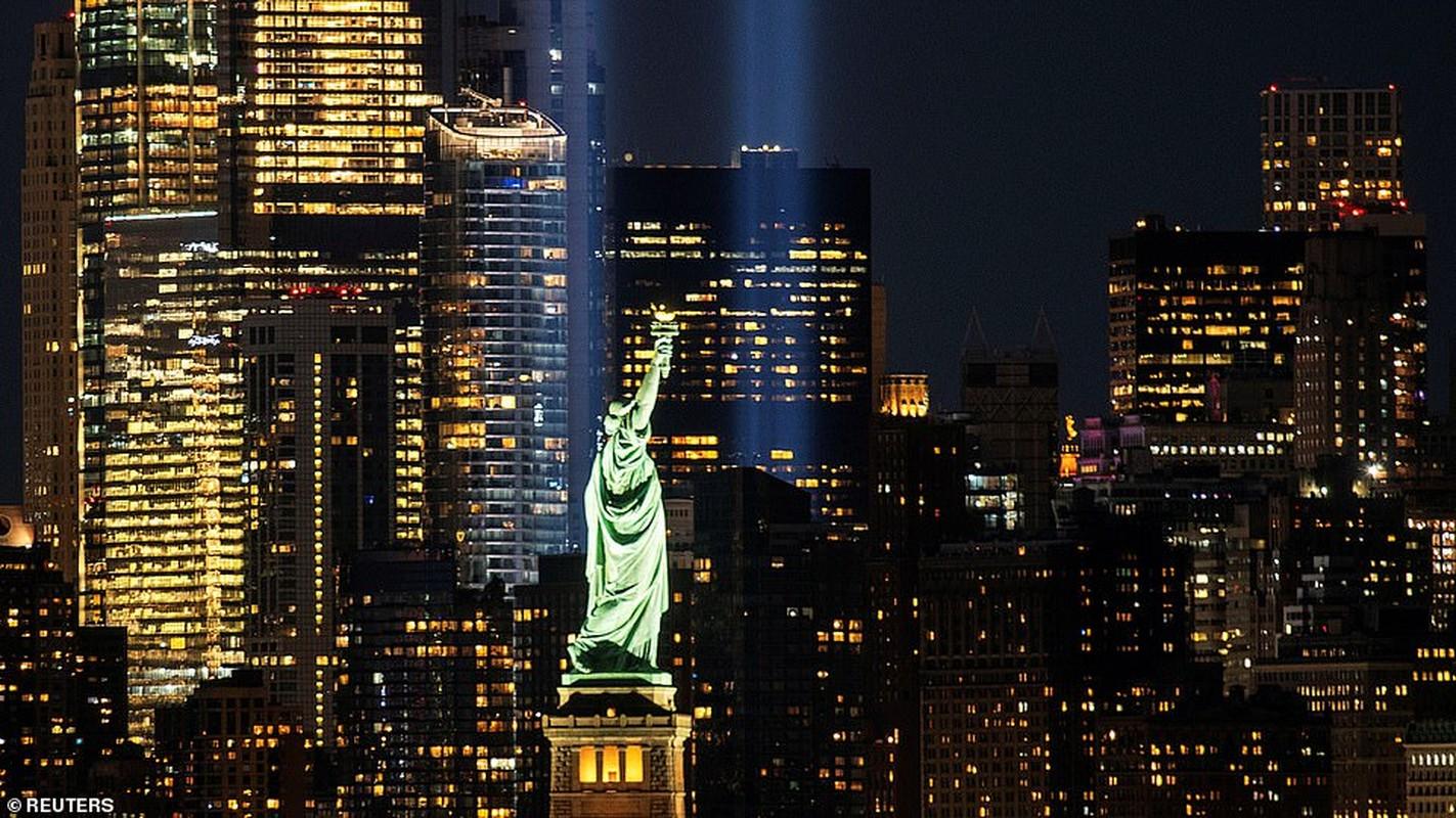 "Canh ""la"" o New York dip tuong niem 19 nam vu khung bo 11/9-Hinh-3"