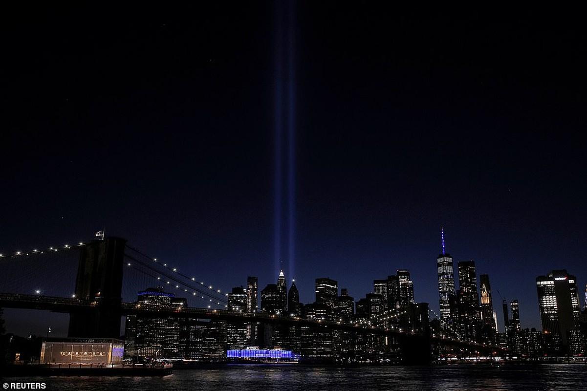 "Canh ""la"" o New York dip tuong niem 19 nam vu khung bo 11/9"