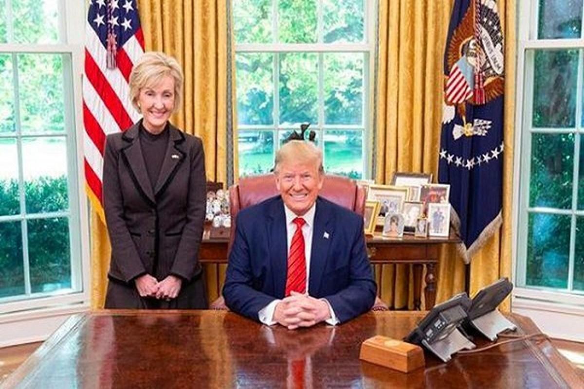 Chan dung nu Dai su My la bang huu lau nam cua ong Trump-Hinh-5