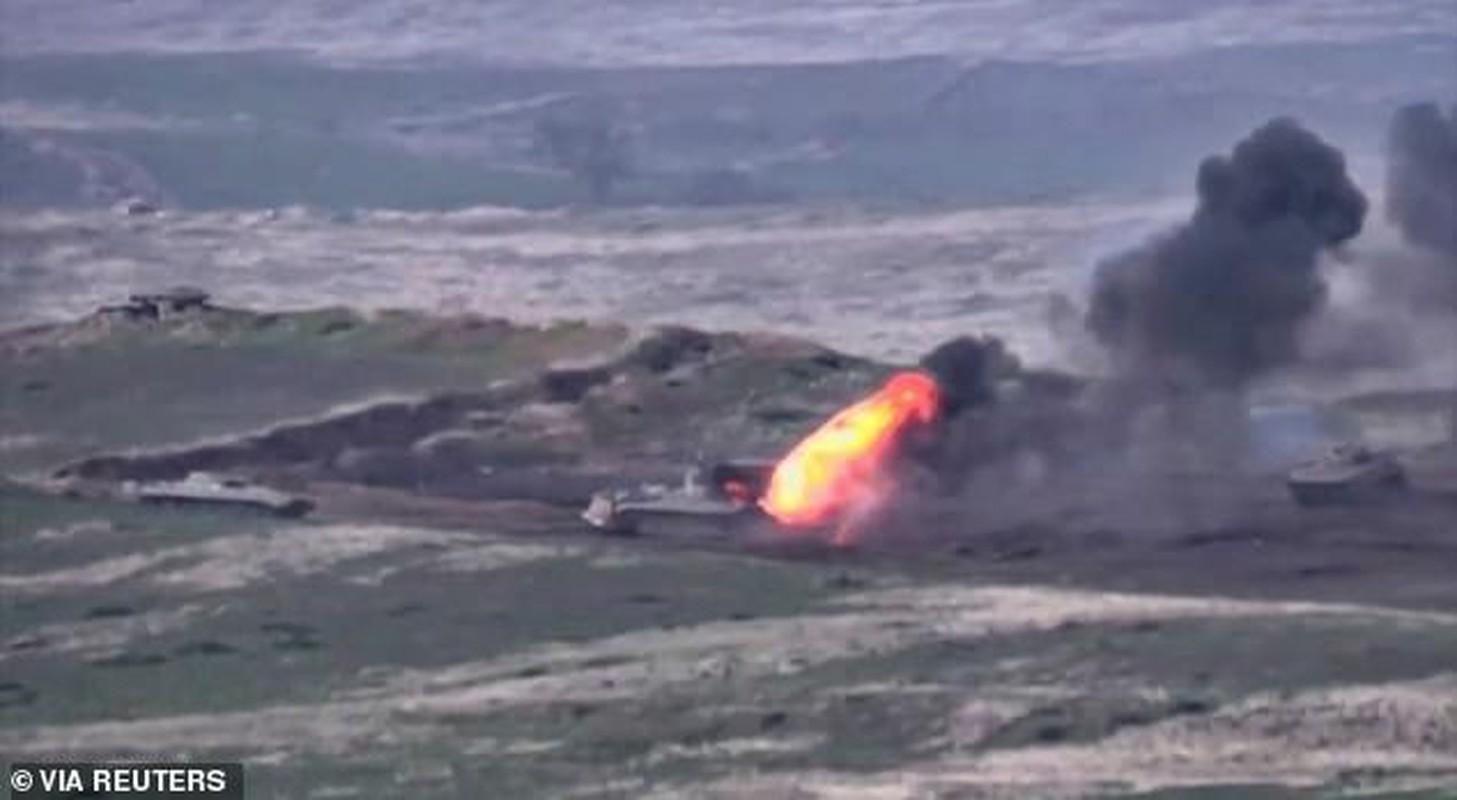 Toan canh xung dot Azerbaijan va Armenia: Hon 100 nguoi thuong vong-Hinh-3