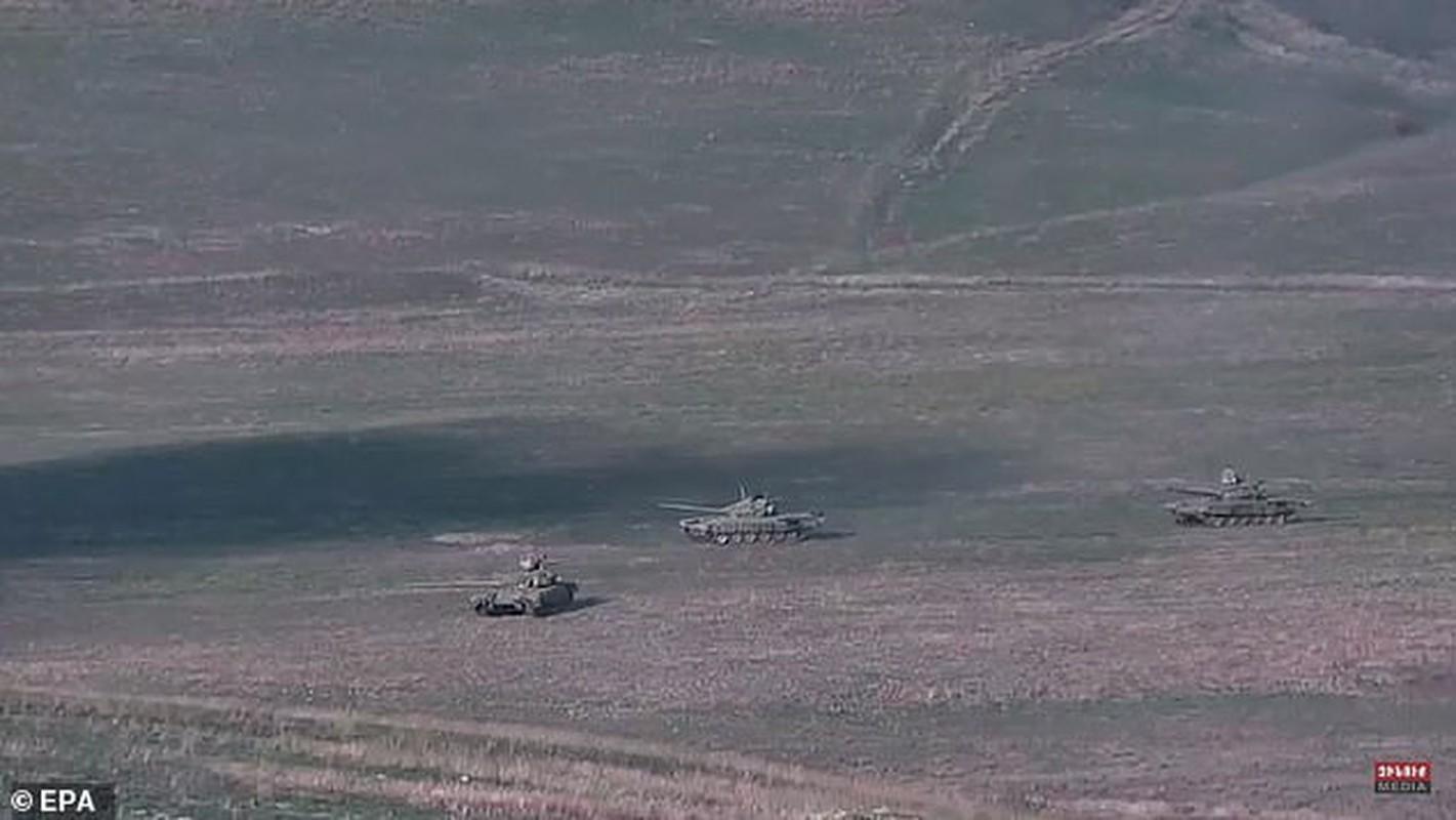 Toan canh xung dot Azerbaijan va Armenia: Hon 100 nguoi thuong vong-Hinh-5