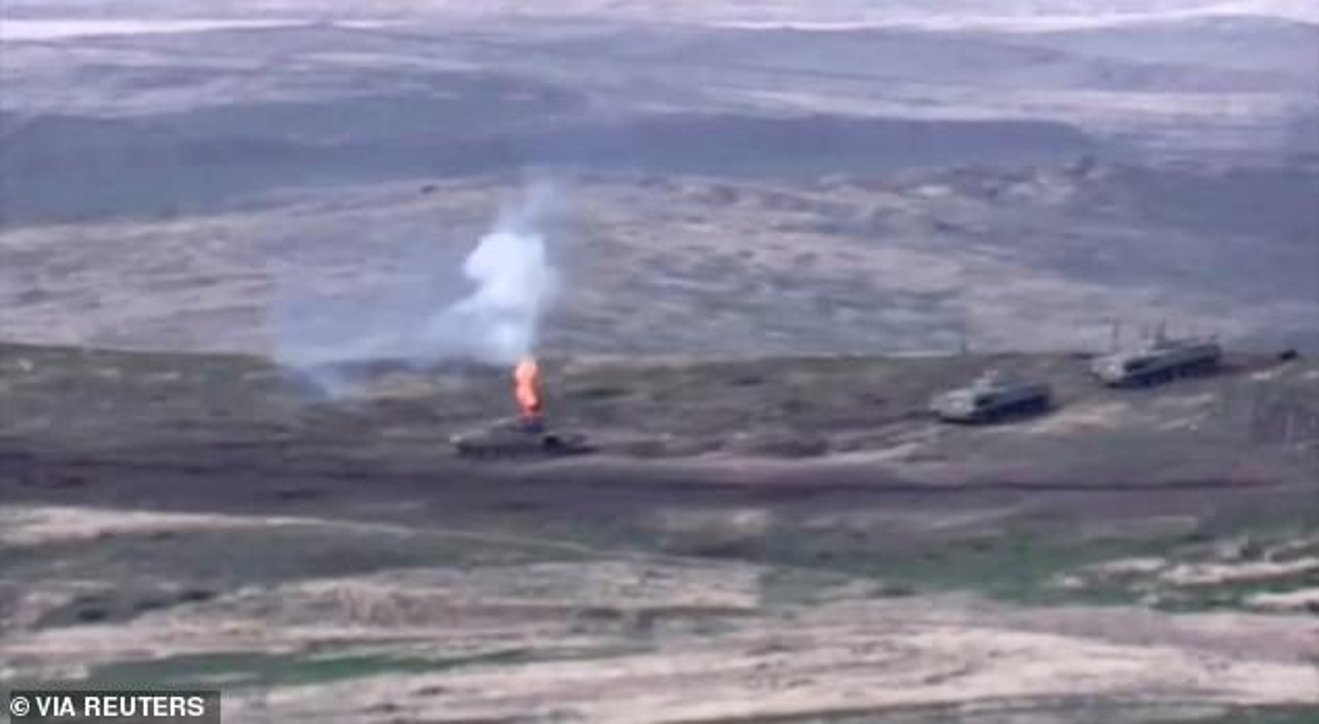 Toan canh xung dot Azerbaijan va Armenia: Hon 100 nguoi thuong vong-Hinh-6