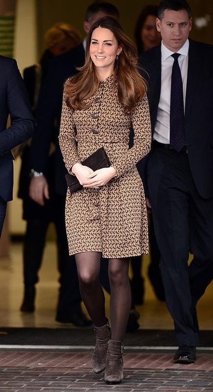 """""""Ve dep khong tuoi"""" cua Cong nuong Kate Middleton hut moi anh nhin-Hinh-4"""