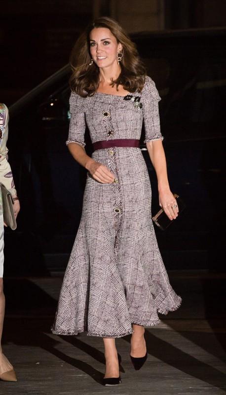 """""""Ve dep khong tuoi"""" cua Cong nuong Kate Middleton hut moi anh nhin-Hinh-8"""