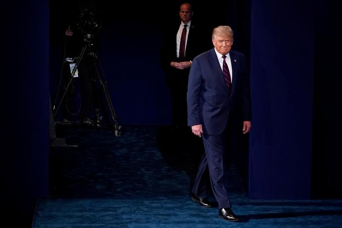 Hinh anh dau tien trong cuoc tranh luan giua ong Trump - Biden-Hinh-11