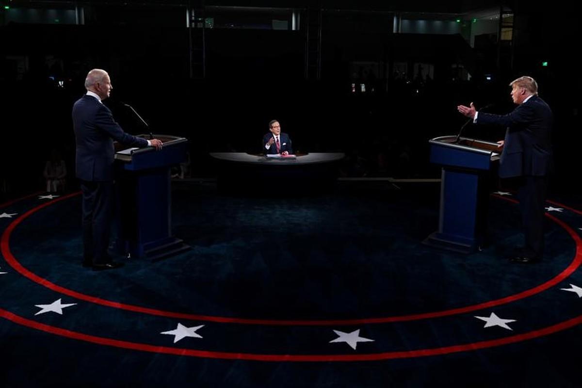 Hinh anh dau tien trong cuoc tranh luan giua ong Trump - Biden-Hinh-4