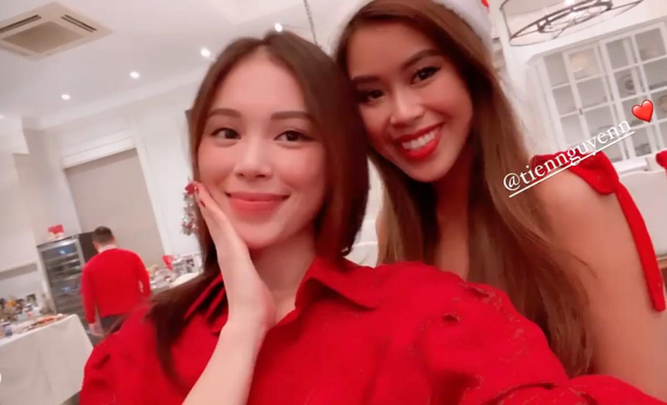 Khoe anh don Giang sinh som, Tien Nguyen lo ngoai hinh mum mim-Hinh-8