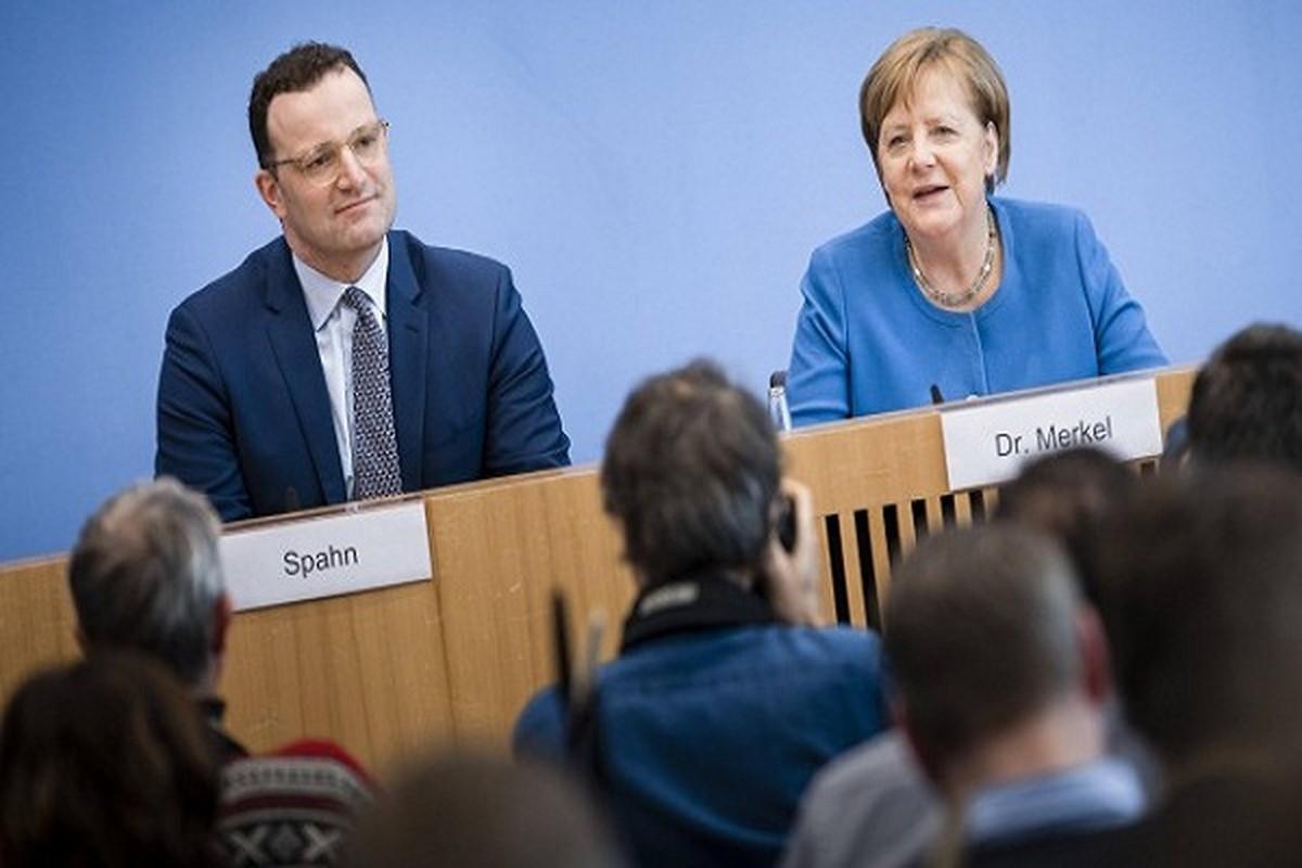 Chan dung chinh tri gia duoc yeu thich hon ca ba Merkel o Duc
