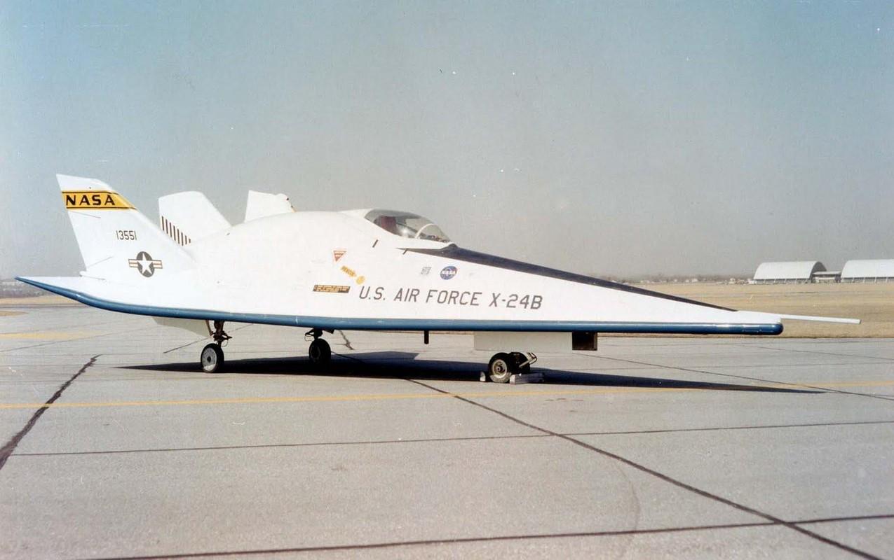 My am tham dua tau vu tru lai may bay X-24B quay lai thu nghiem-Hinh-4
