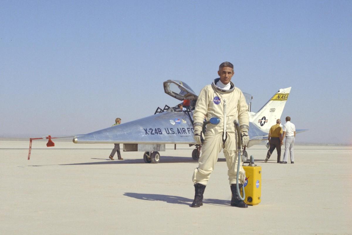 My am tham dua tau vu tru lai may bay X-24B quay lai thu nghiem-Hinh-7
