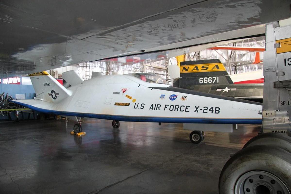 My am tham dua tau vu tru lai may bay X-24B quay lai thu nghiem-Hinh-9