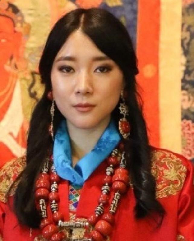 Co em gai tai sac ven toan cua Quoc vuong Bhutan-Hinh-4