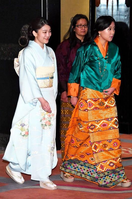 Co em gai tai sac ven toan cua Quoc vuong Bhutan-Hinh-8