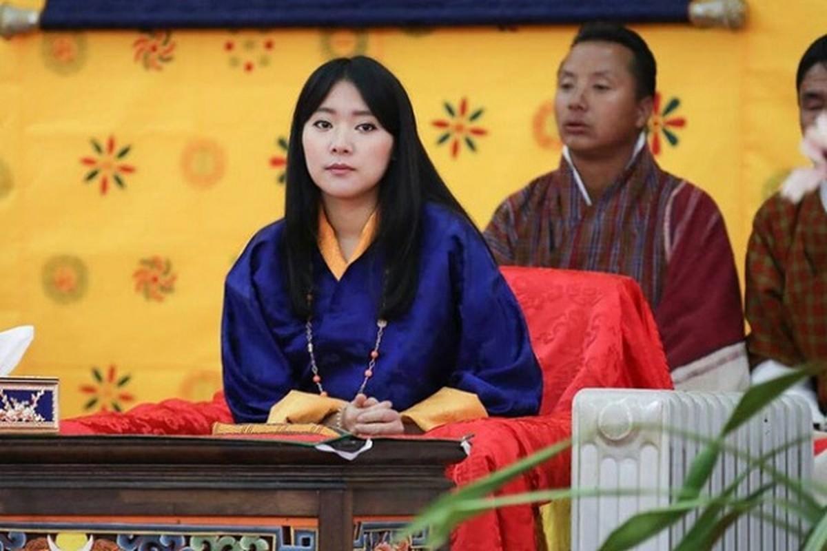 Co em gai tai sac ven toan cua Quoc vuong Bhutan