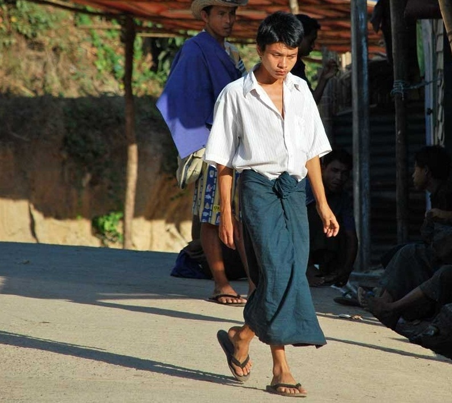 Su that bat ngo ve dat nuoc Myanmar vua xay ra chinh bien-Hinh-2