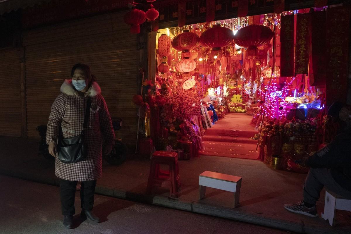Canh diu hiu tai noi ban do trang tri Tet o Trung Quoc-Hinh-6