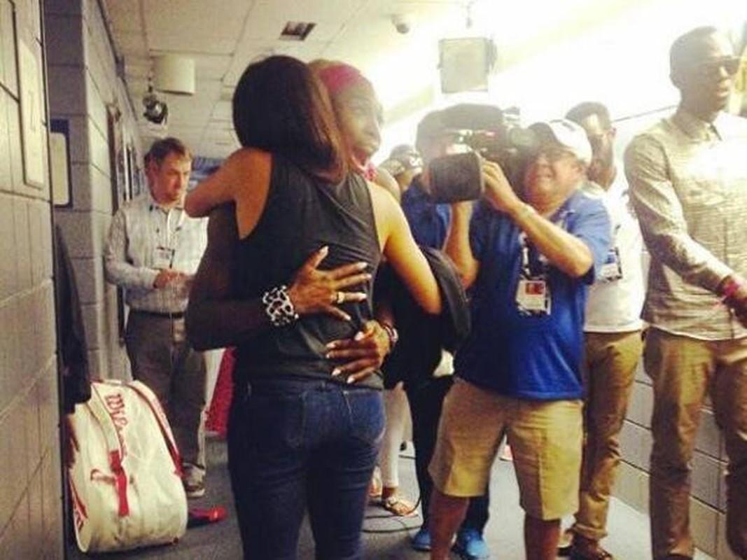 Bat mi tinh ban cua Cong nuong Anh Markle va tay vot Serena Williams-Hinh-3