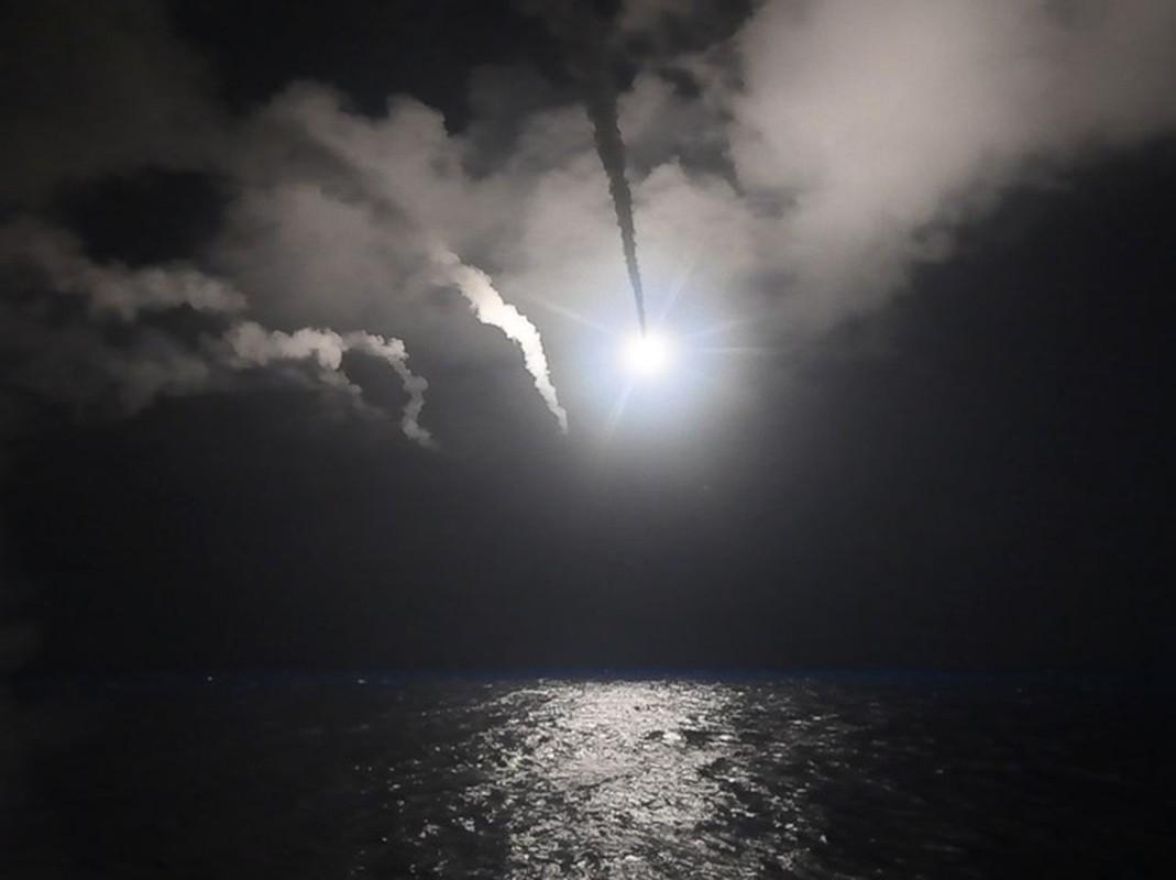 Nhin lai lan My khong kich Syria bang loat ten lua Tomahawk-Hinh-5