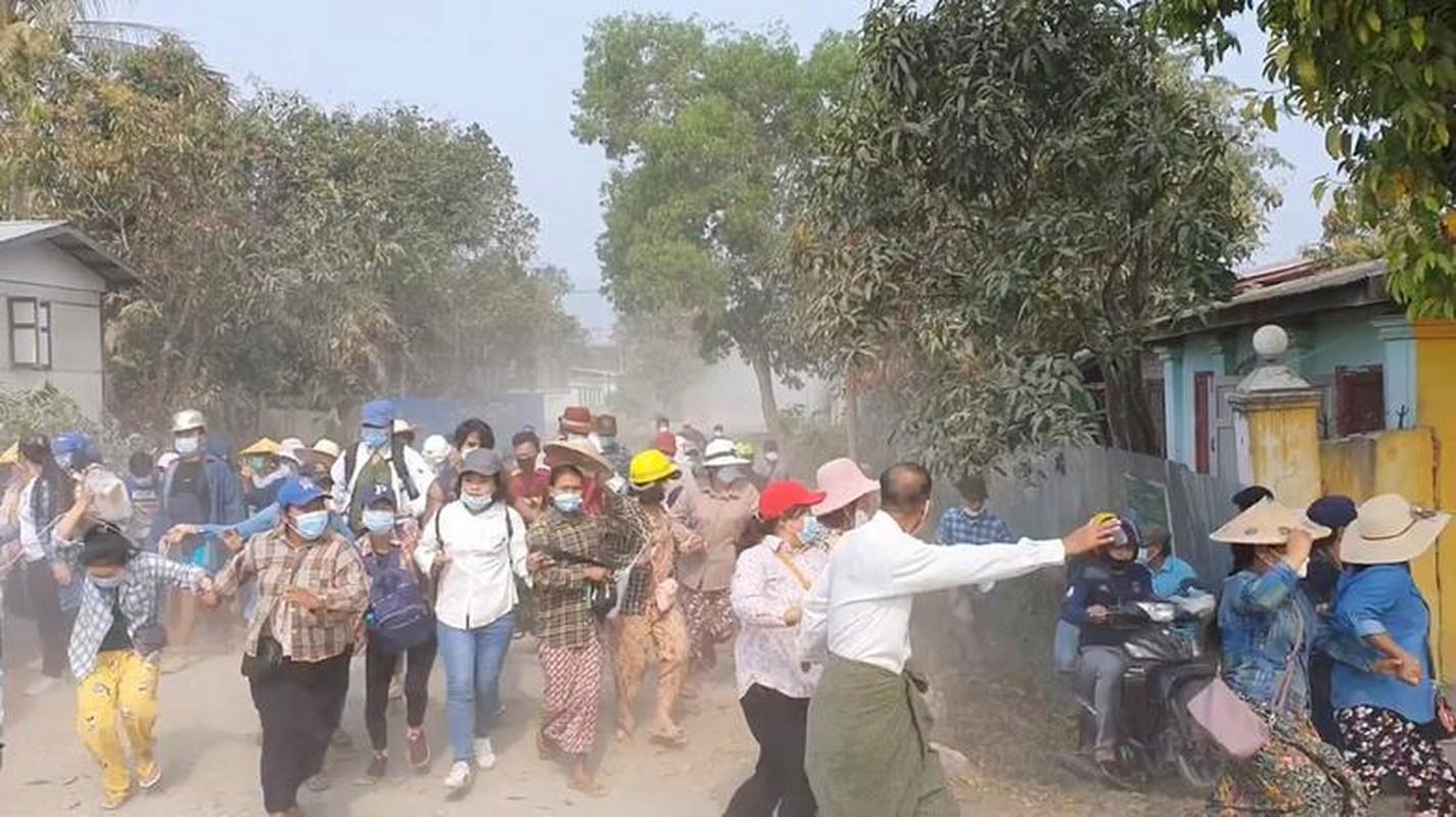 Bieu tinh o Myanmar: Them nhieu nguoi thiet mang-Hinh-2