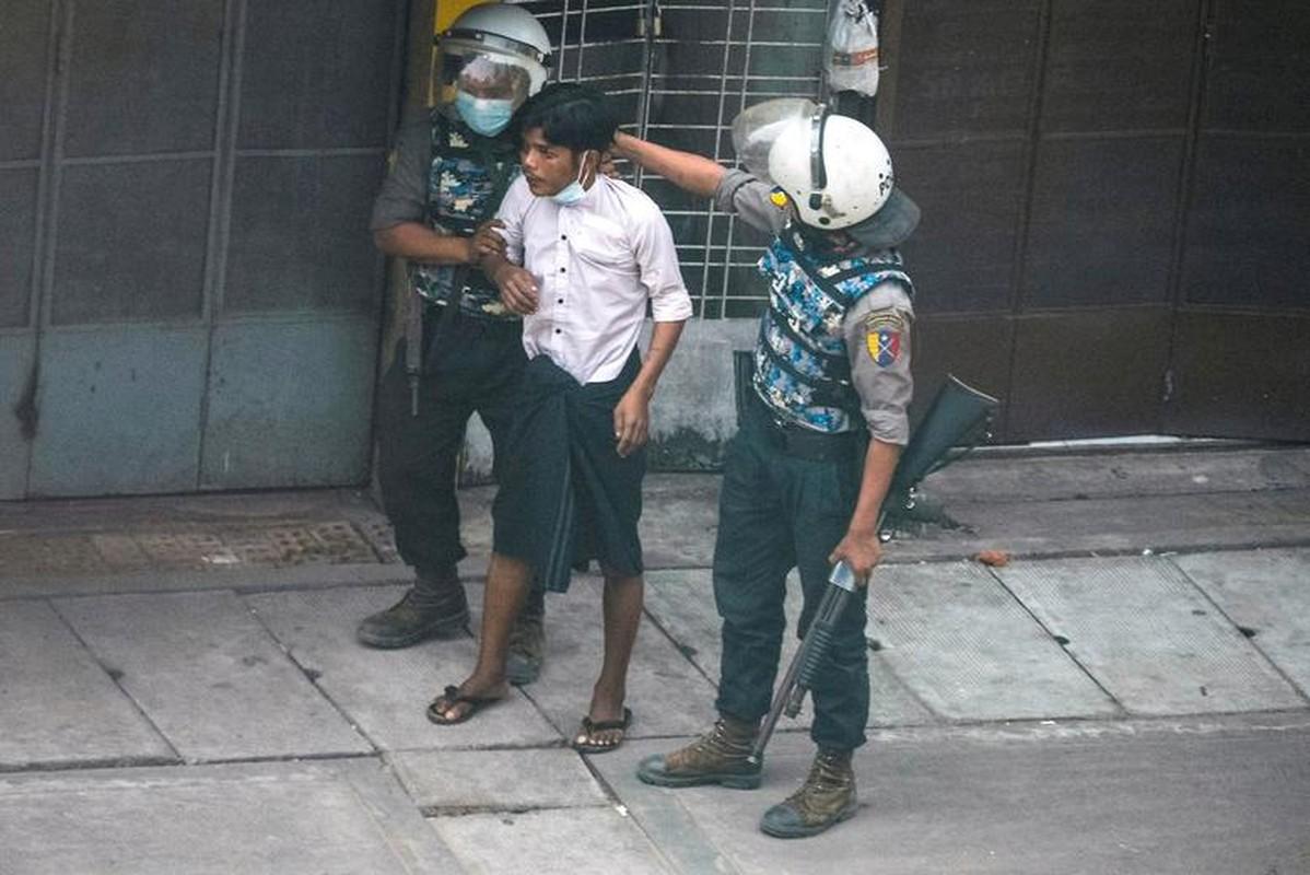 Bieu tinh o Myanmar: Them it nhat 9 nguoi thiet mang