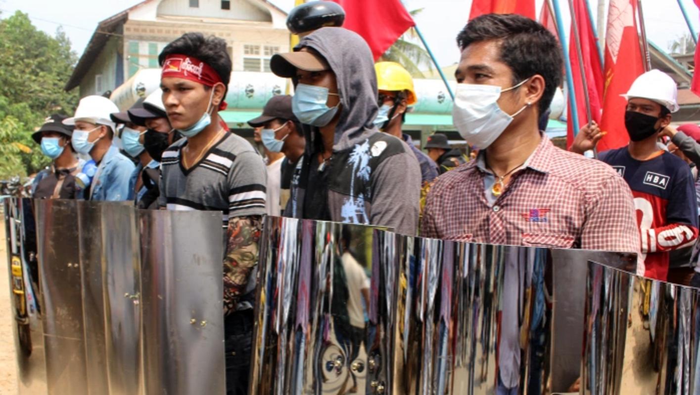 Bieu tinh o Myanmar: Them 82 nguoi thiet mang?-Hinh-6