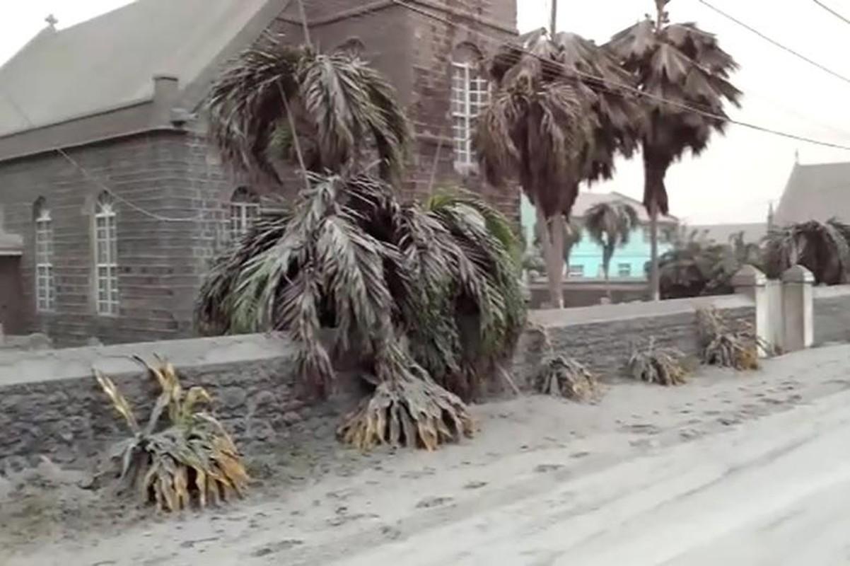 Anh: Tro bui bao trum quoc dao Caribe sau khi nui lua phun trao-Hinh-7