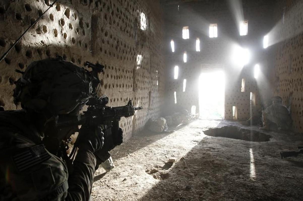 My rut het quan khoi Afghanistan: Quyet dinh mao hiem cua ong Biden?-Hinh-12