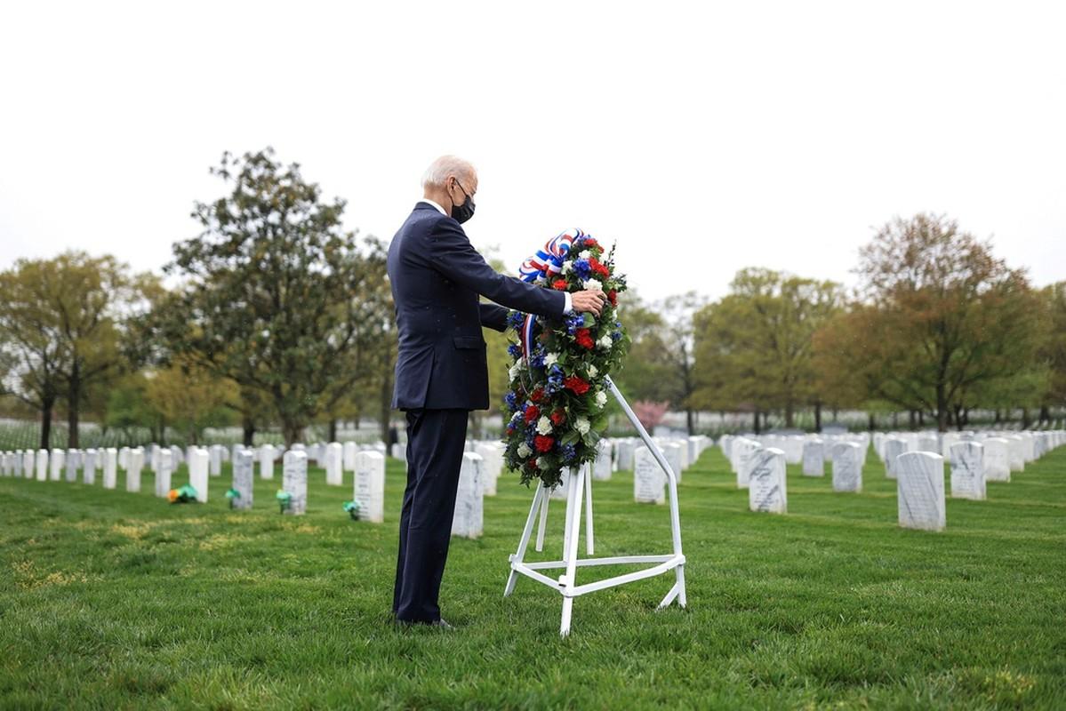 Tong thong Biden khoc sau khi thong bao rut quan khoi Afghanistan-Hinh-7