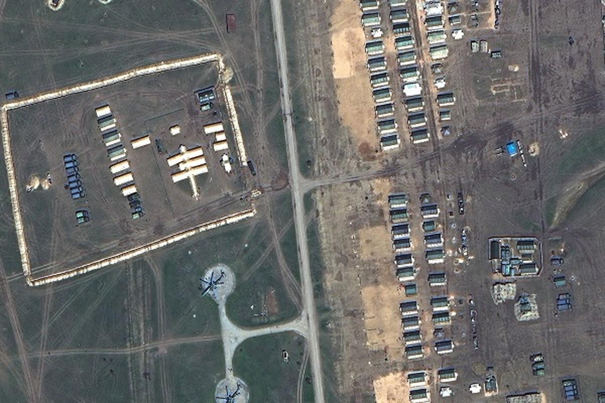 Anh ve tinh he lo quy mo luc luong Nga doc bien gioi Ukraine-Hinh-2