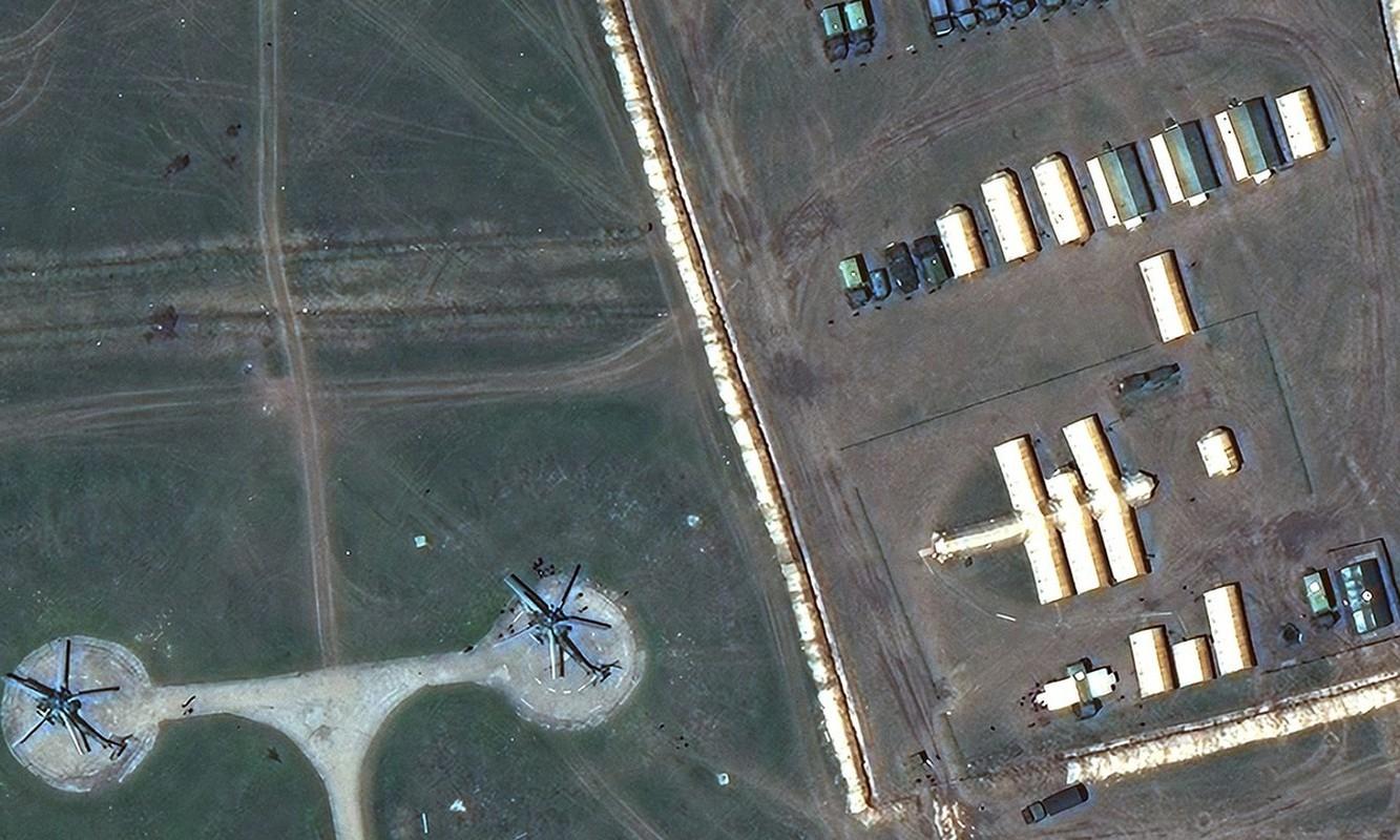 Anh ve tinh he lo quy mo luc luong Nga doc bien gioi Ukraine-Hinh-6