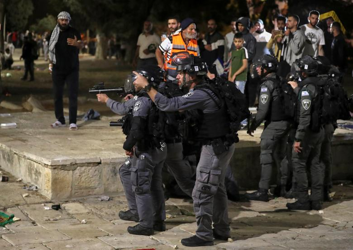 Toan canh vu dung do du doi giua canh sat Israel va nguoi Palestine-Hinh-2