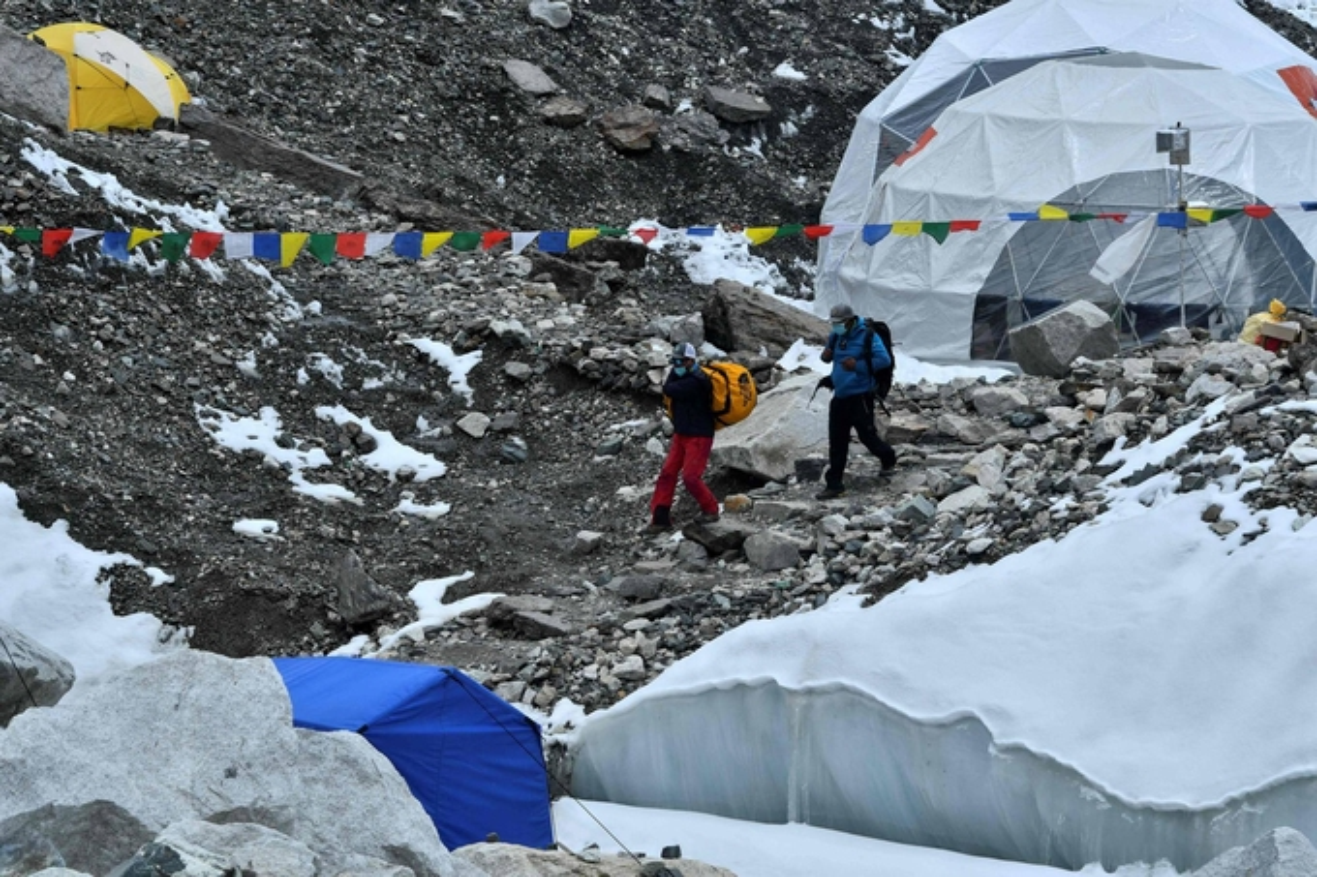 """Dich COVID-19 dang de doa """"noc nha the gioi"""" Everest the nao?-Hinh-10"""