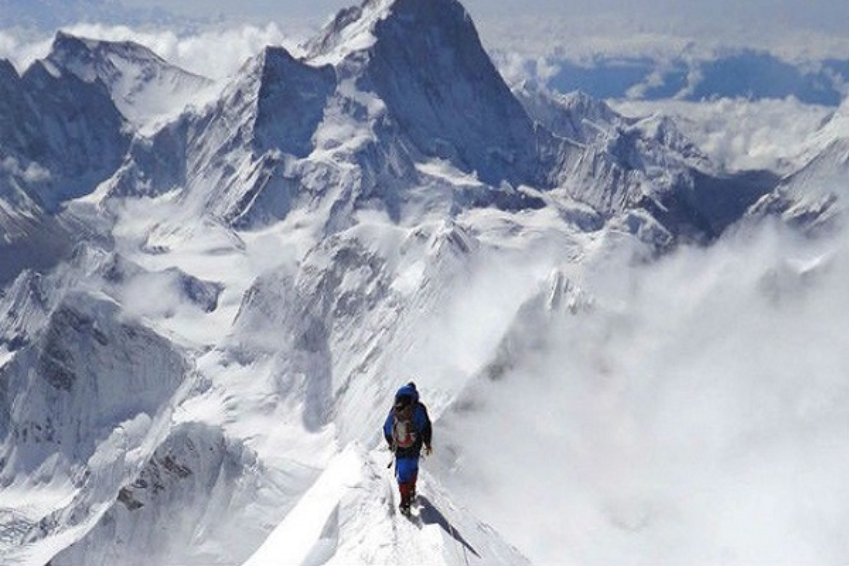 """Dich COVID-19 dang de doa """"noc nha the gioi"""" Everest the nao?-Hinh-11"""