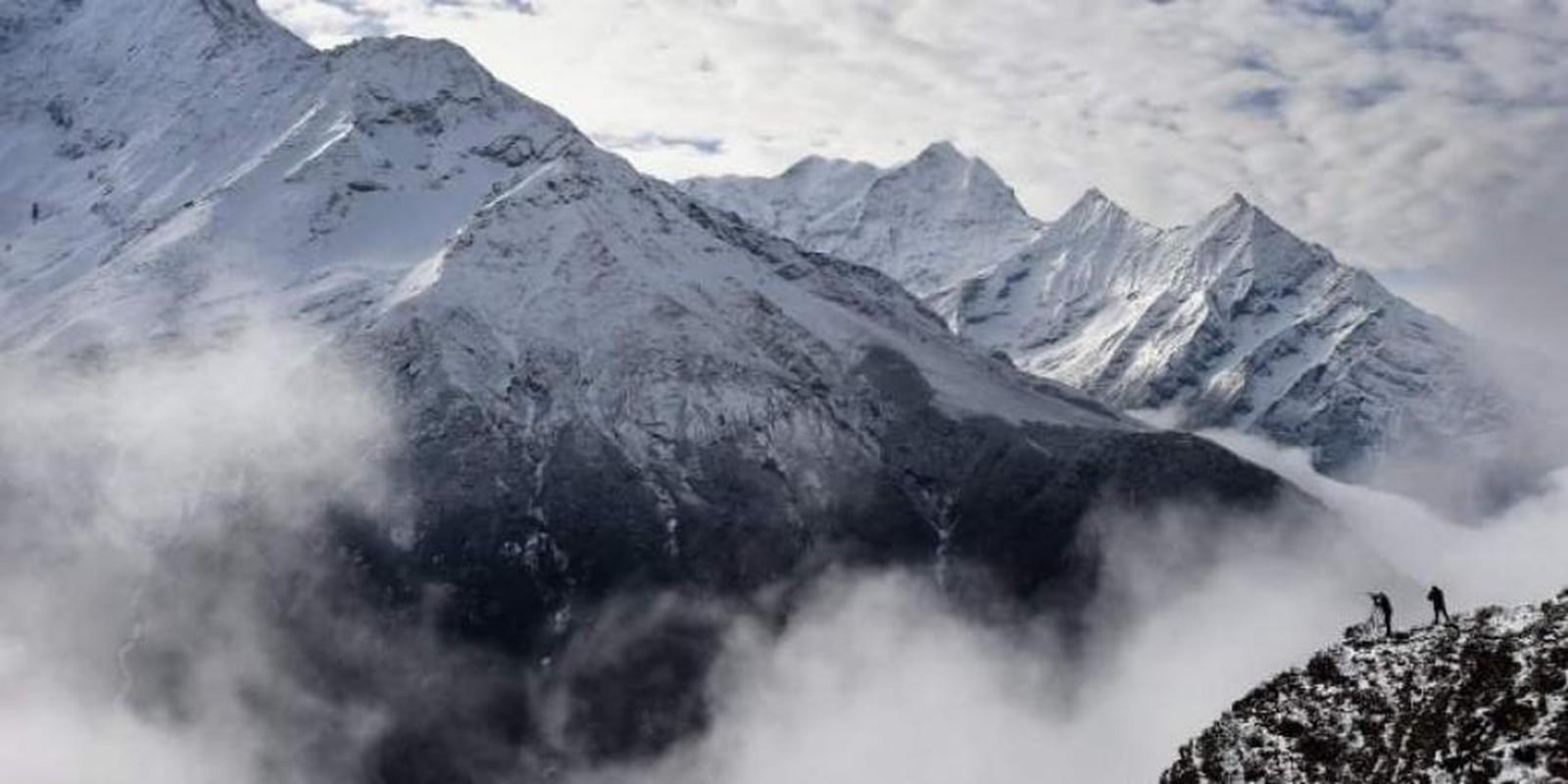 """Dich COVID-19 dang de doa """"noc nha the gioi"""" Everest the nao?-Hinh-12"""