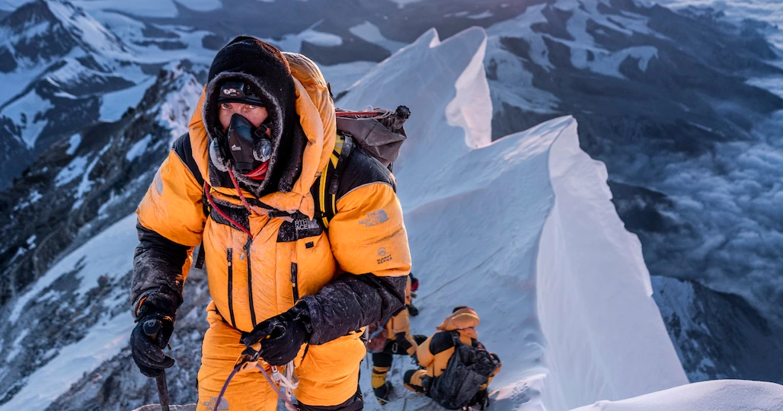 """Dich COVID-19 dang de doa """"noc nha the gioi"""" Everest the nao?-Hinh-13"""