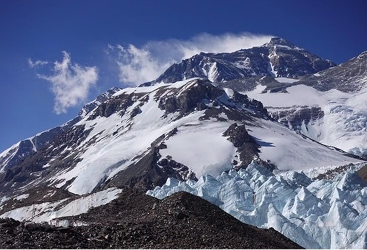 """Dich COVID-19 dang de doa """"noc nha the gioi"""" Everest the nao?-Hinh-3"""