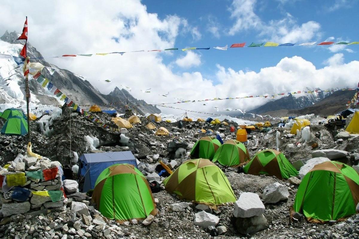 """Dich COVID-19 dang de doa """"noc nha the gioi"""" Everest the nao?-Hinh-8"""