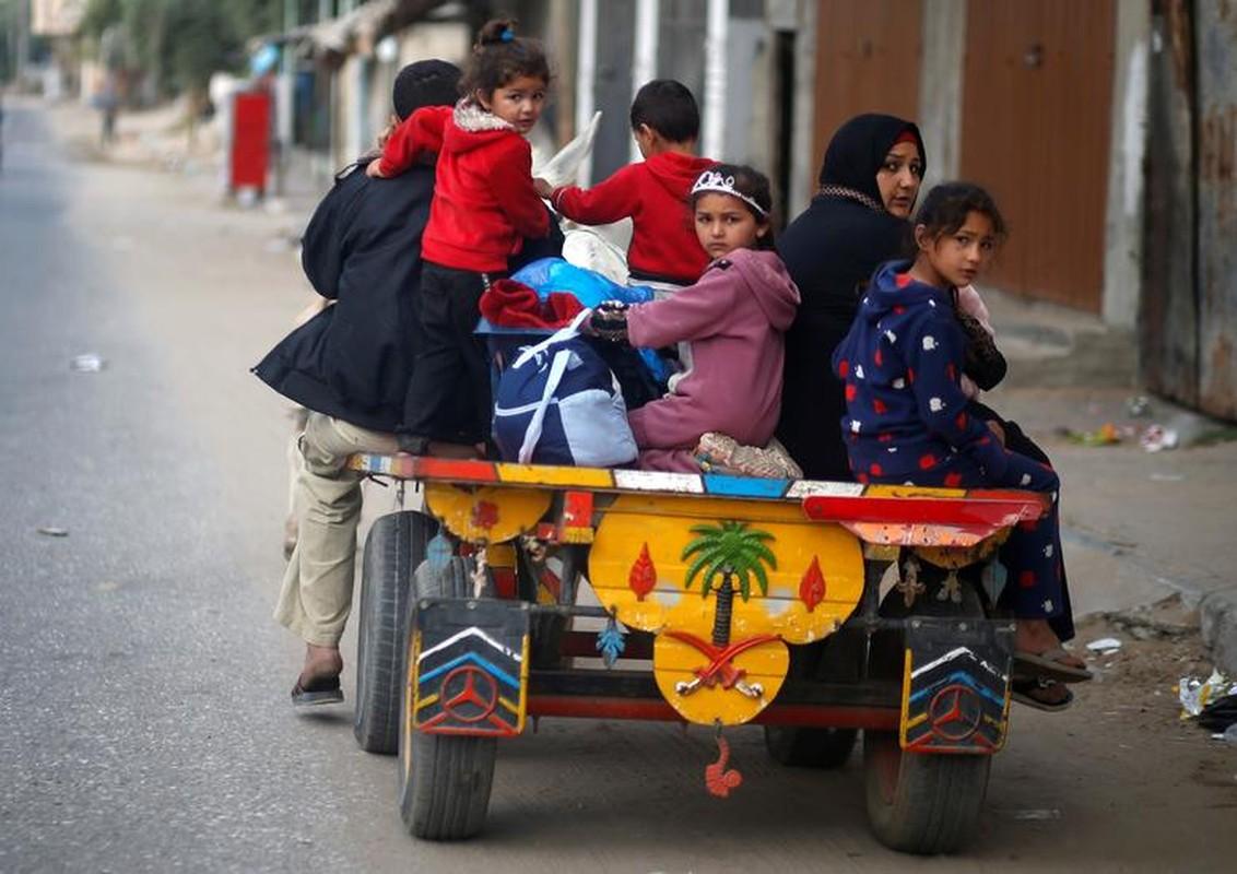 Canh nguoi dan Gaza lu luot so tan vi don khong kich cua Israel-Hinh-11