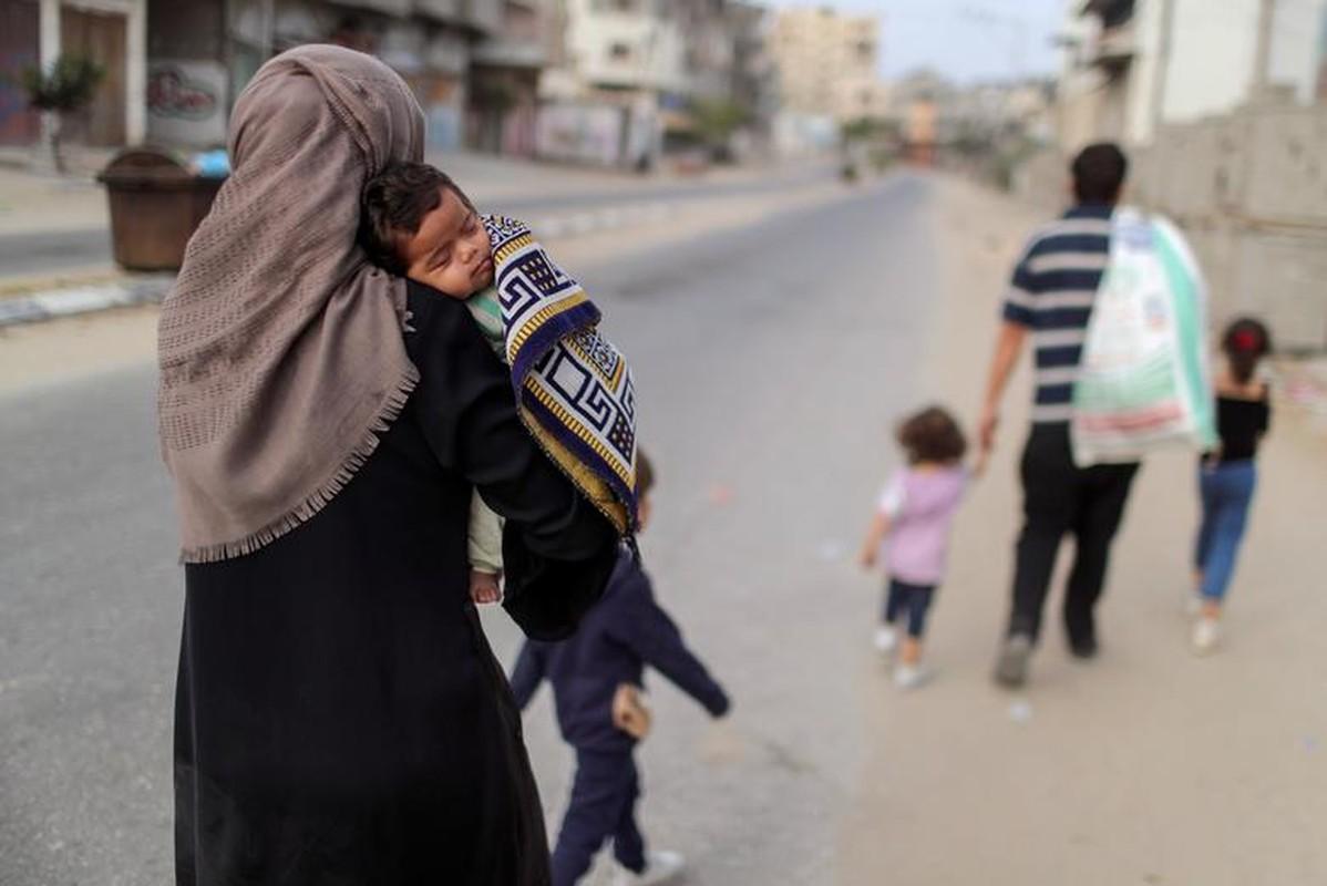 Canh nguoi dan Gaza lu luot so tan vi don khong kich cua Israel-Hinh-12
