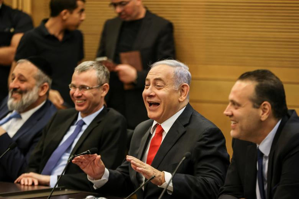 """""""Ky nguyen Netanyahu"""" ket thuc, nguoi dan Israel do ra duong an mung-Hinh-4"""