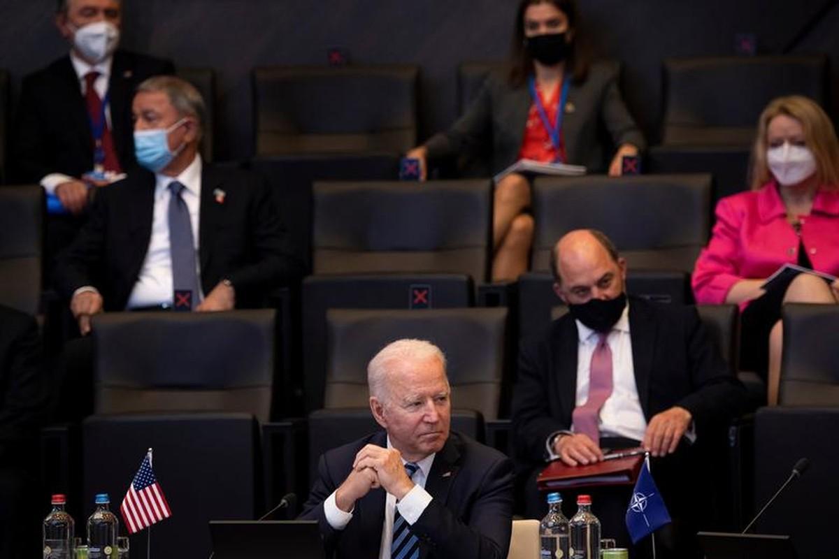 Toan canh Hoi nghi thuong dinh NATO tai Bi-Hinh-2